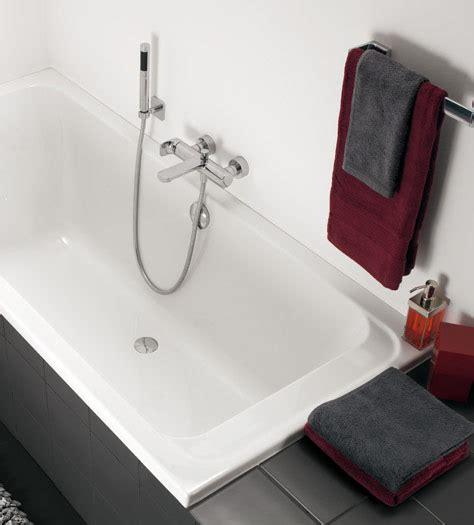 bagno piccolo con vasca allestire un piccolo bagno con vasca villeroy boch