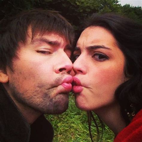 adelaide kane and torrance coombs torrance coombs bash and adelaide kane mary on the set
