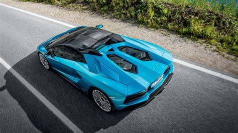 lamborghini aventador convertible roof lamborghini aventador s roadster photos details and specs digital trends