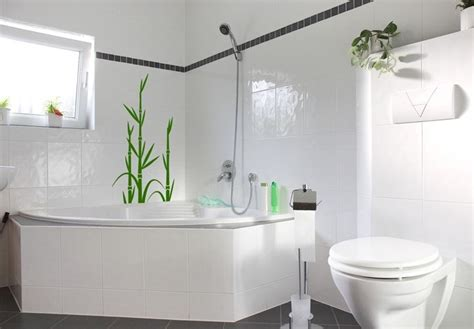 bathroom wall ideas on a budget top 10 bathroom decorating ideas on a budget with pictures
