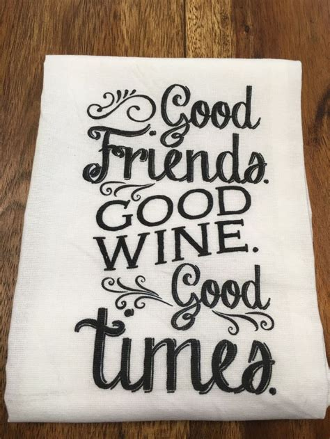 Kitchen Towels With Sayings 25 Best Ideas About Kitchen Towels Crafts On