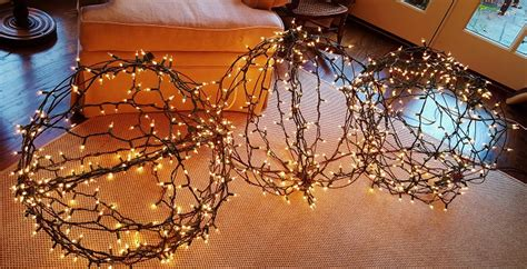 chicken wire christmas lights diy decorations ryg style redeem your ground