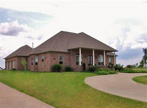 executive 5 bdrm 4 bath home in west springdale arkansas