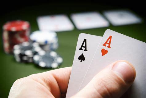 Main Poker Di Internet Menggunakan Uang   Permainan Judi Online Terbaik