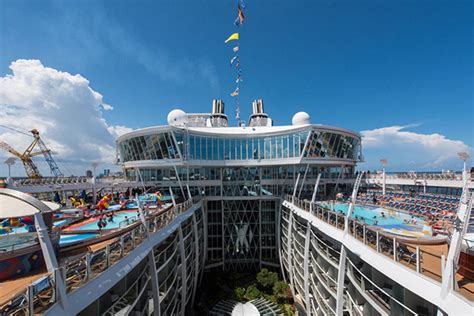 oasis of the seas cabin reviews oasis of the seas frequently asked questions cruise critic