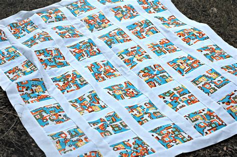 Sashing For Quilts by Pinwheel Quilt Tutorial Using 2 Fabrics Sashing
