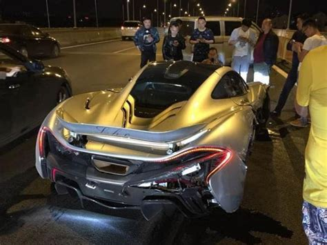 p1 crash friday fail mclaren p1 crashes in china motoringexposure