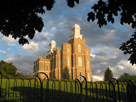 Awesome What Is The Lds Church #9: Logan-temple.jpg