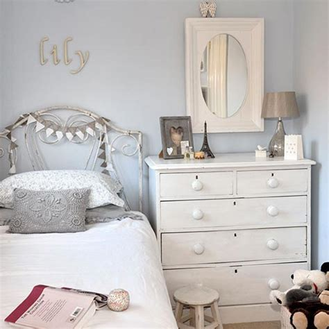 grey small bedroom ideas 10 of the best romantic decor ideas for your bedroom