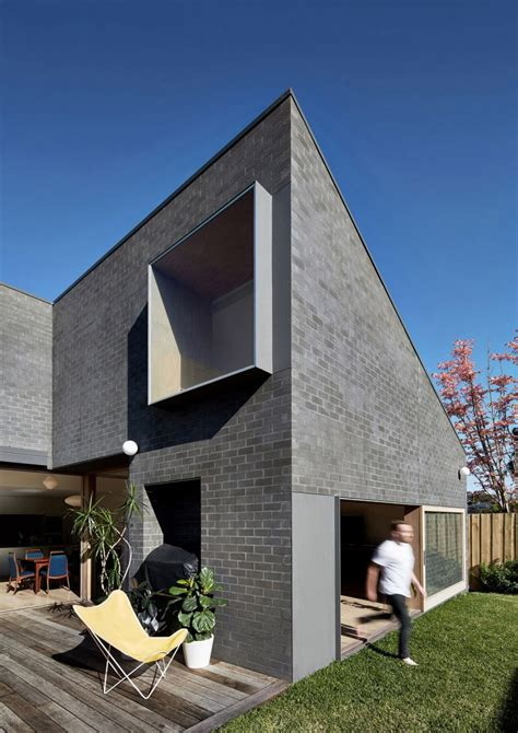 house windows australia hoddle house remodel in australia re imagines windows and doors