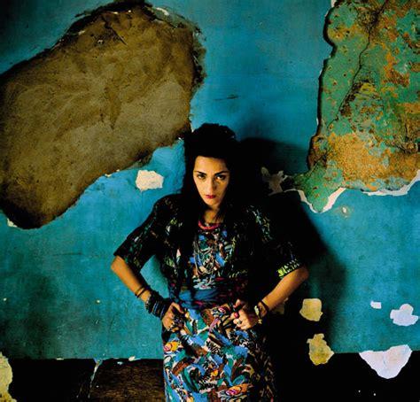 artist biography in hindi france rocks hindi zahra