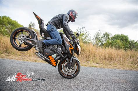 Ktm Bicycles Review Ktm Rc8 Streetfighter Bike Review