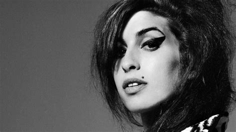 amy wine house amy winehouse documentary wows audiences at cannes festival film news
