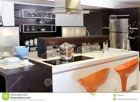 imagenes libres cocina acero inoxidable moderno de la cocina de madera de brown