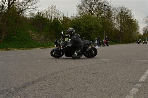 Motorrad Anmelden Regensburg by Bilder Aus Der Galerie 2 Fahrsicherheitstraining Des