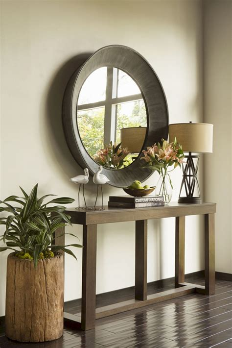 entry table ideas  small points