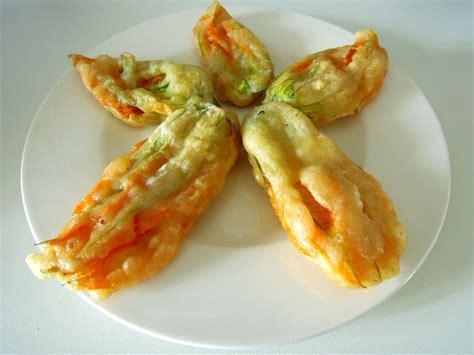 fiori di zucchine fritte fiori di zucca fritti in pastella alla birra senza uova