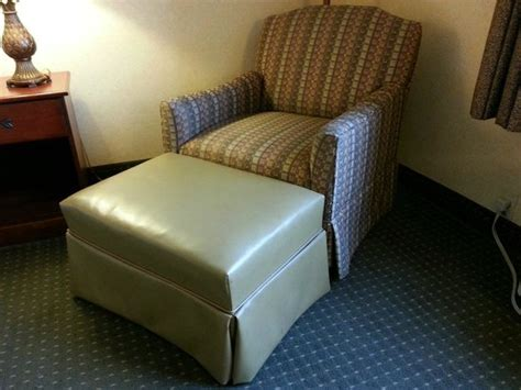 comfort inn hackettstown non matching chair and foot stool