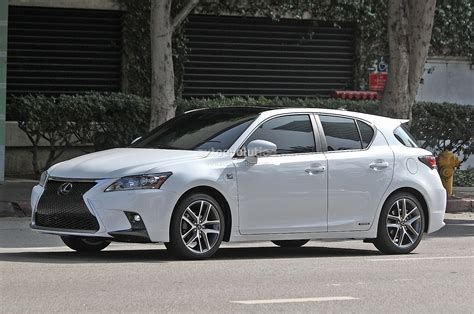 lexus ct200h 2008 spyshots lexus ct 200h f sport gets spindle grille