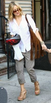 Kate Hudson Spotted Buying Baby Clothes Is She by 1000 Images About Style On