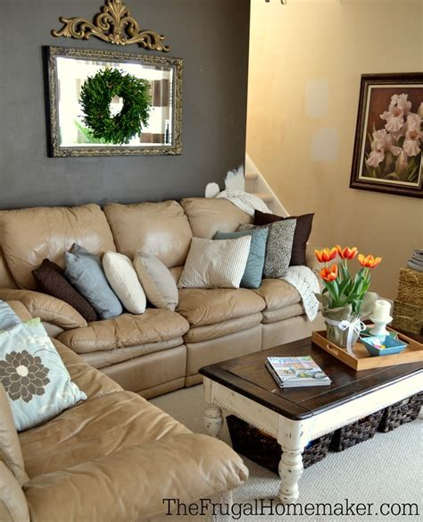 decorating with thrift store pillows