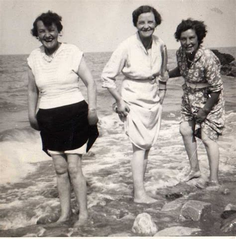 old woman fun manchester girls having fun at the seaside early 50 s