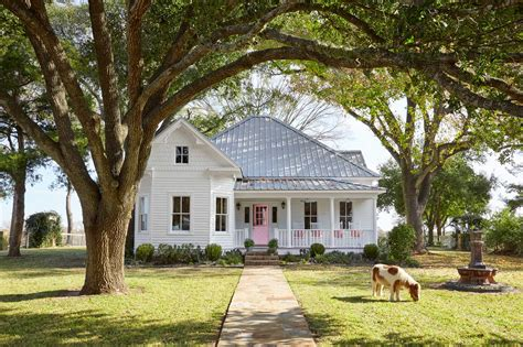 texas farmhouse homes bailey mccarthy texas farmhouse farmhouse decorating ideas
