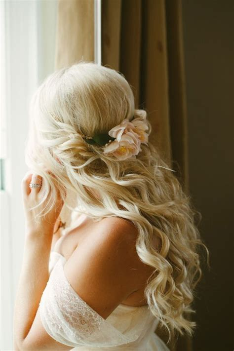 Wedding Hairstyles With Roses by 16 Stunning Half Up Half Wedding Hairstyles