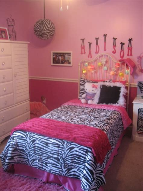 zebra and pink bedroom ideas 1000 images about kyleigh room on pinterest pink zebra