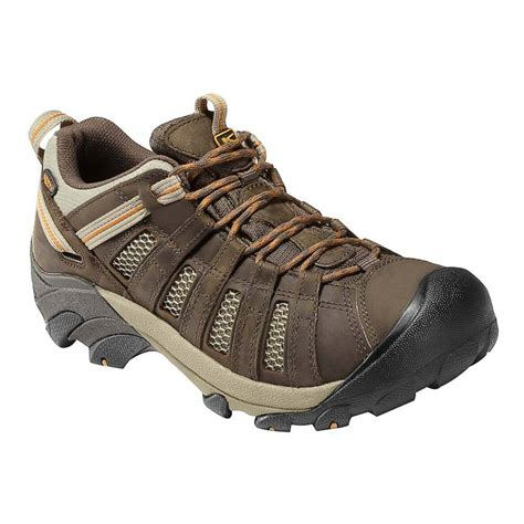 keen shoes keen womens voyageur hiking shoes