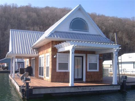 floating houses tva bans new floating homes but allows existing homes to stay on lakes for 30 years
