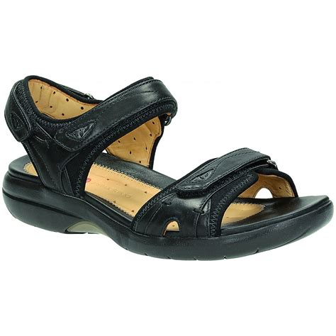 black womens sandals clarks womens un harbour casual black leather sandals at