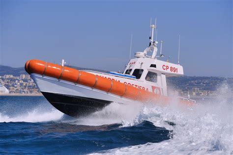 capitaneria porto catania l intensa estate della guardia costiera livesicilia catania