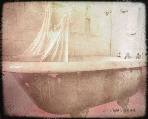 Vintage Bathtub Pictures by Vintage Bathtub Photograph Pink Brown