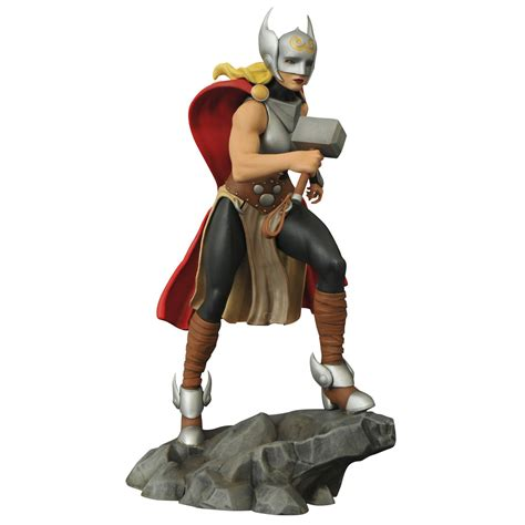 lade in resina femme fatales thor statue