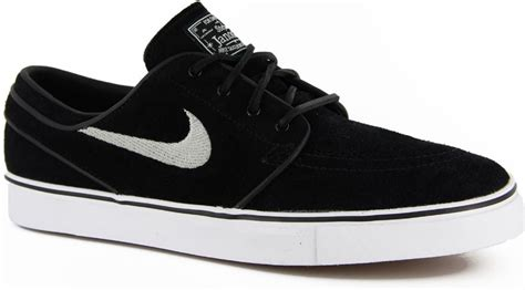 Sepatu Nike Untuk Remaja 16 Model Sepatu Sekolah Buat Semua Usia Style Remaja