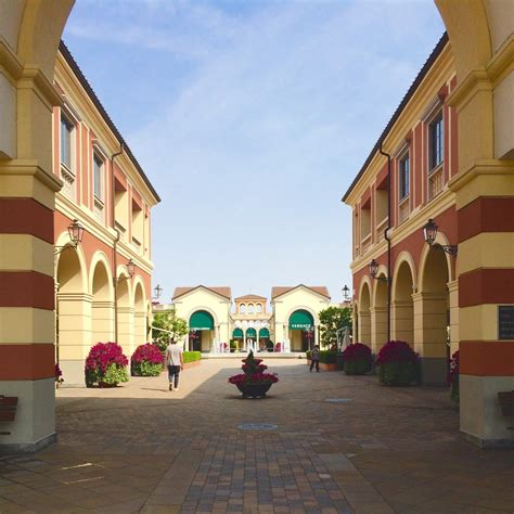 best outlets in italy serravalle designer outlet serravalle scrivia italy