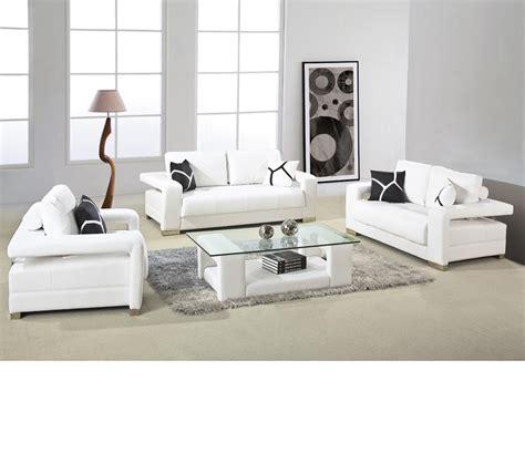 Dreamfurniture Com 2926 White Bonded Leather Sofa Set