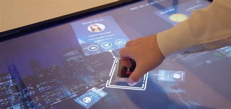 Interactive Meeting Table Une Table Interactive Qui Apporte La Technologie 224 Vos R 233 Unions