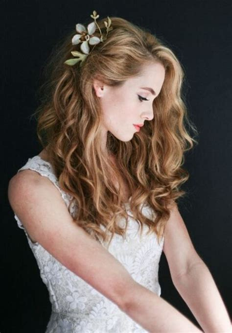 Wedding Hairstyles For Hair Curly by Picture Of Charming Wedding Hairstyles For Naturally Curly