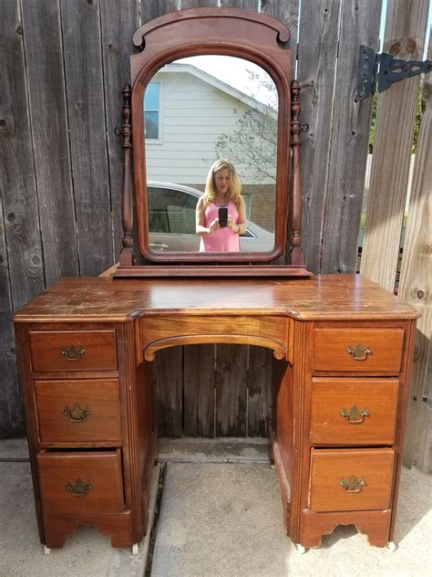 Value Of Antique Vanity With Mirror by Antique Vanity With Mirror Value Creative Vanity Decoration