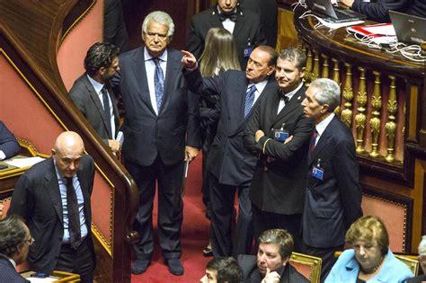 ufficio sta senato habla con gian decadenza berlusconi