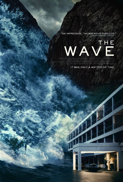 The Wave the wave is a successful disaster for