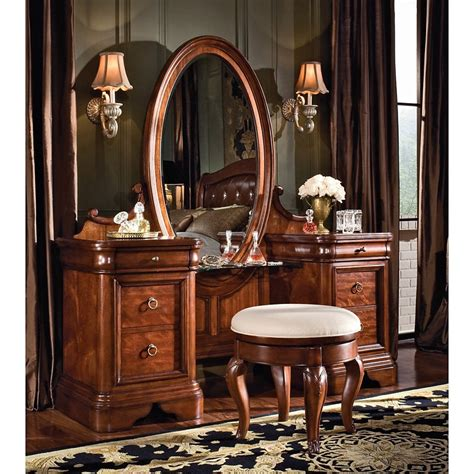 Bedroom Vanity Vintage Bedroom Vanity Set Bedroom Vanities At Hayneedle