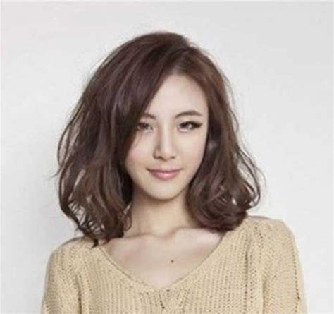 chinese girls haircut and perm videos 25 best ideas about medium asian hairstyles on pinterest