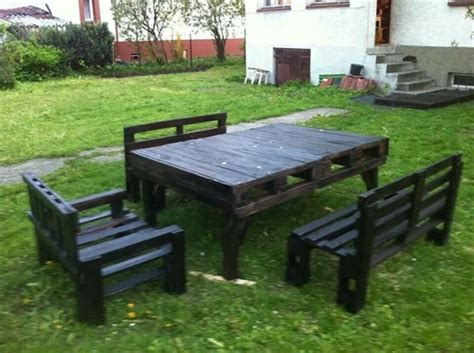 picnic bench out of pallets pallet picnic table ideas pallets designs