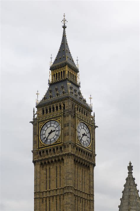 london clock tower file big ben clock tower london 2009 02 jpg wikimedia