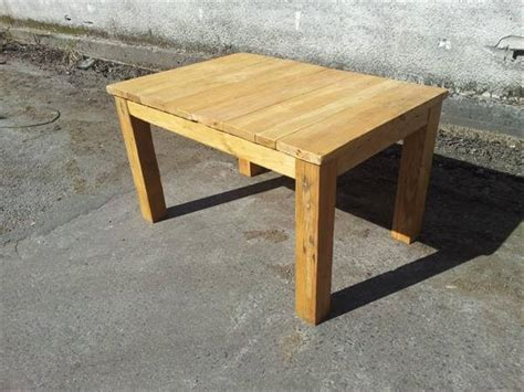 Dining Table Made From Pallets Recycled Pallet Wood Dining Table