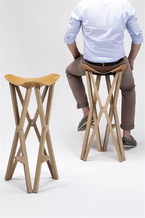 sgabelli alti pieghevoli treee c stool folding stool in solid wood grain