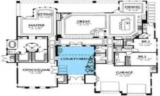 style house plans with interior courtyard house plans courtyard style colonial home